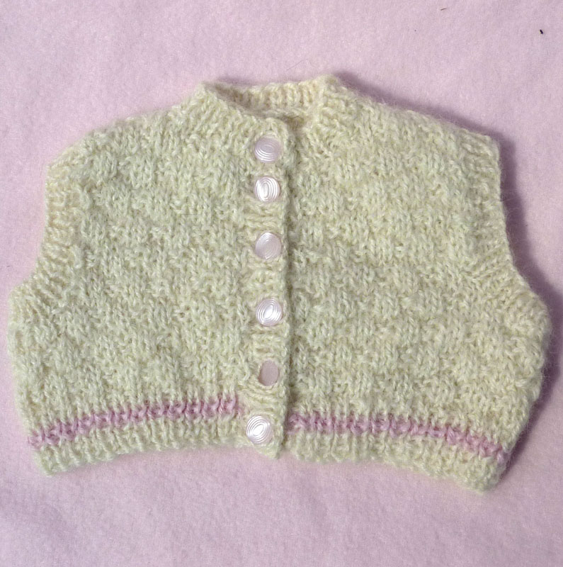 Knitting Wear Company : Hand knitted clothes available from the vintage knitting lady