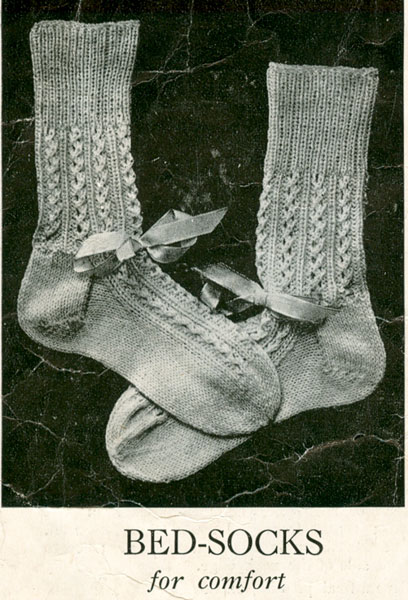 Bed Socks Knitting Pattern : Vintage Bed Jacket and Bedwear Knitting Patterns from The Vintage Knitting Lady