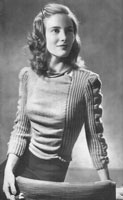 vintage ladies knitting pattern from 1947 with gauged sleeves