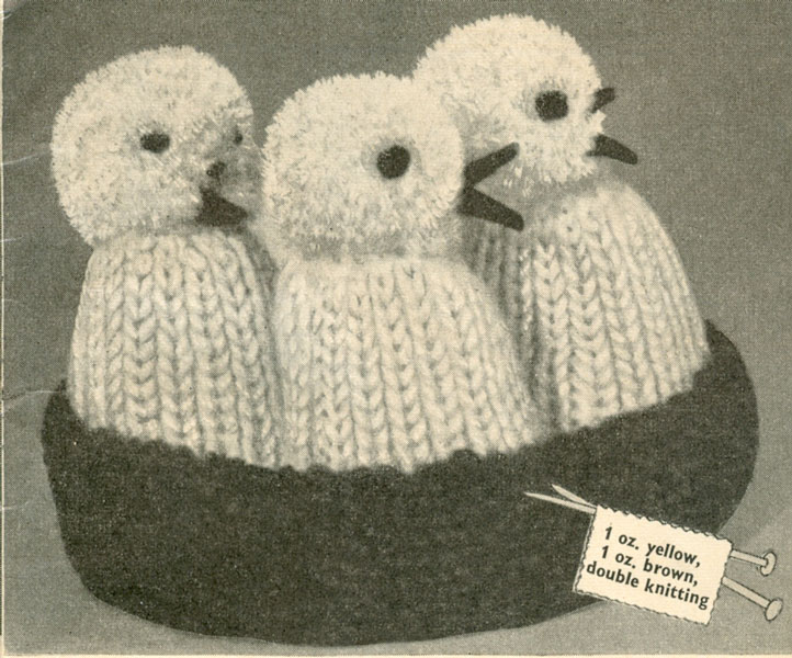 Easy Egg Cosy Knitting Pattern : Vintage Knitted Weird and Wonderful knitting patterns ...