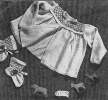 vintage baby matinee set knitting pattern from 1940s