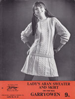 vintage ladies skirt and jumper aran knitting pattern 1960s