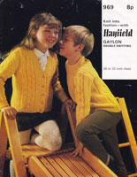 vintage hayfield969 childs aran style knitting patterns