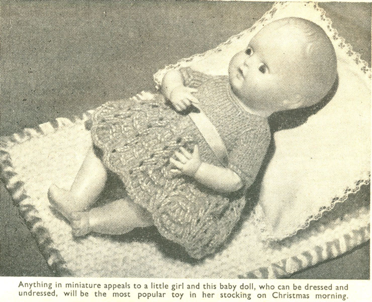 Vintage knitted dolls clothes patterns available from The ...