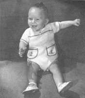 vintage baby romper knitting pattern from 1940s