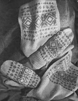vintage ladies mittens in fair isle 1940s
