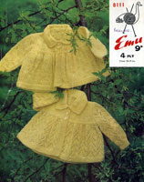 Hand knitted baby clothes pattern